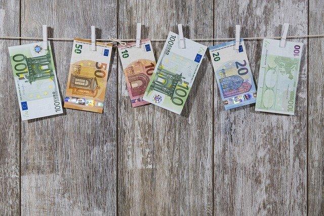 Geld schenken in 2021: tot welk bedrag is het belastingvrij?